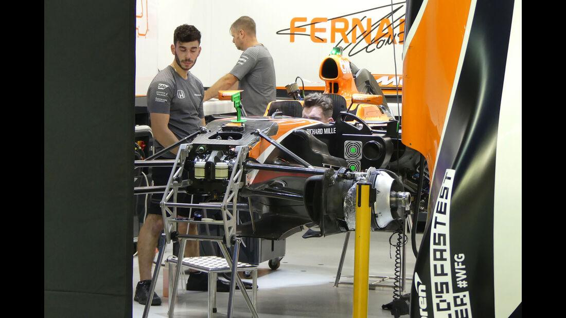 McLaren-Honda - GP Singapur - Formel 1 - Mittwoch - 13.09.2017