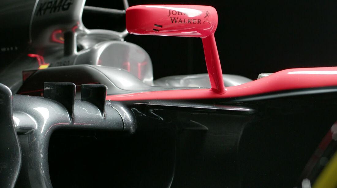 McLaren Honda MP4-30 - 2015