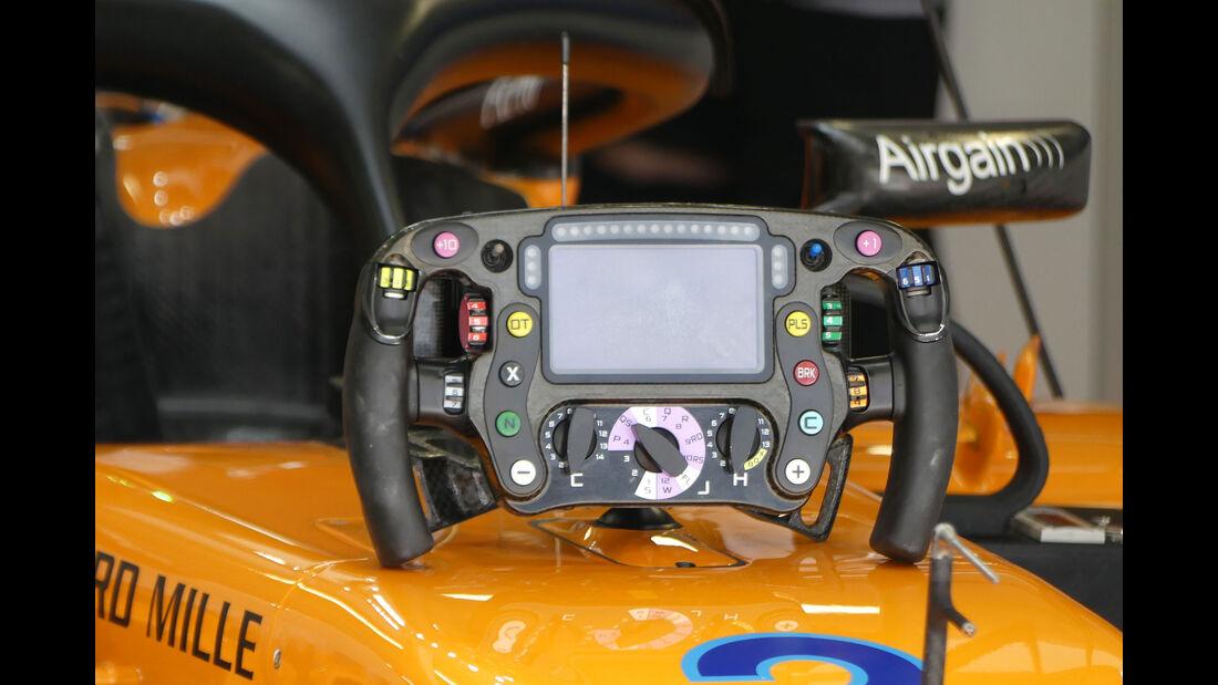 McLaren - Lenkrad Vandoorne - GP Russland - Sotschi - Formel 1 - Freitag - 28.9.2018
