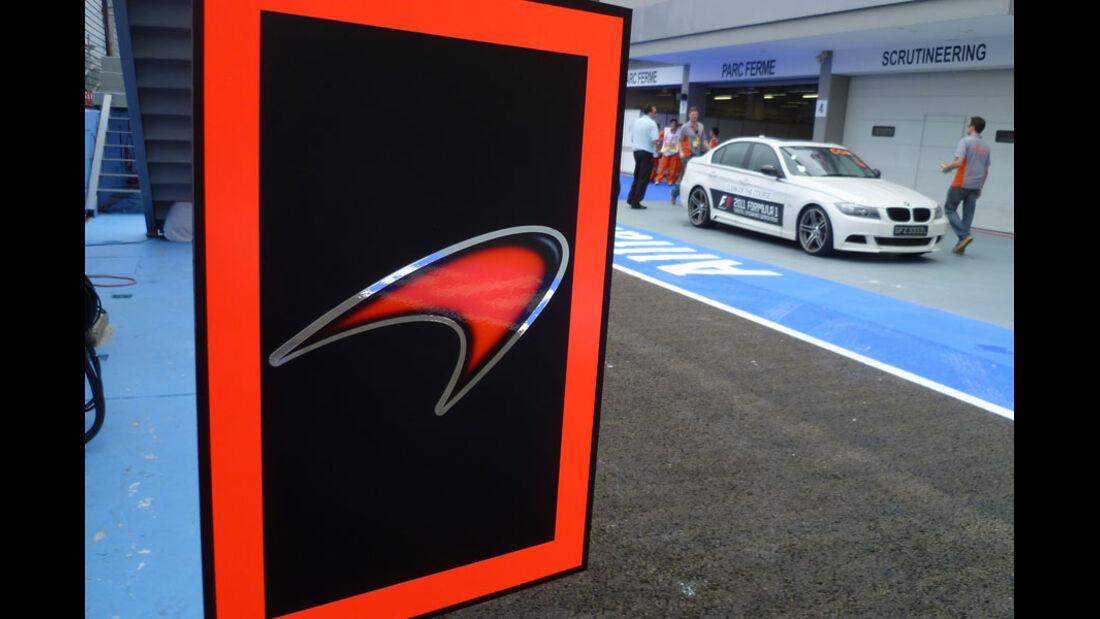 McLaren-Logo - GP Singapur - 22. September 2011