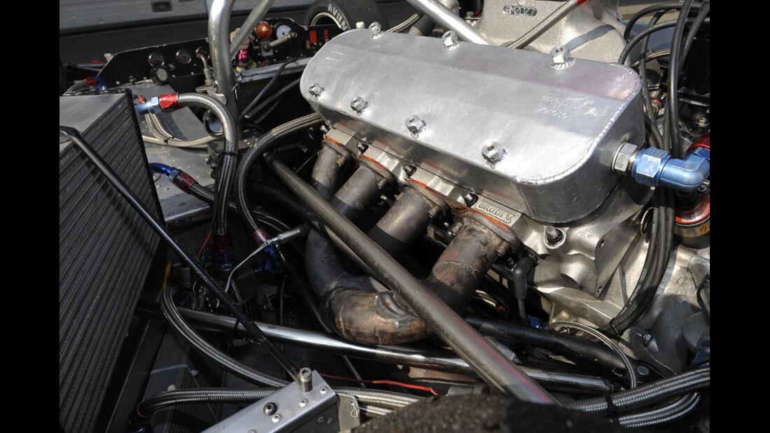 McLaren M8F, Motorblock, Detail