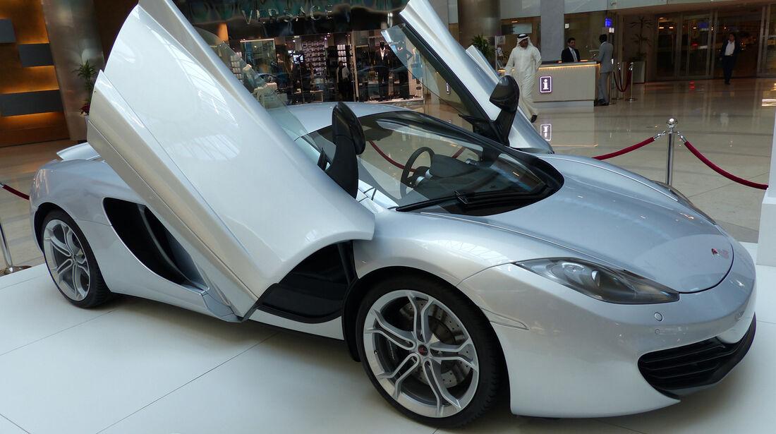 McLaren MP4-12C - Carspotting Bahrain 2014