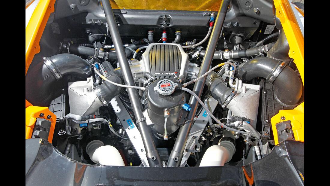 McLaren MP4-12C GT3, V8-Biturbomotor