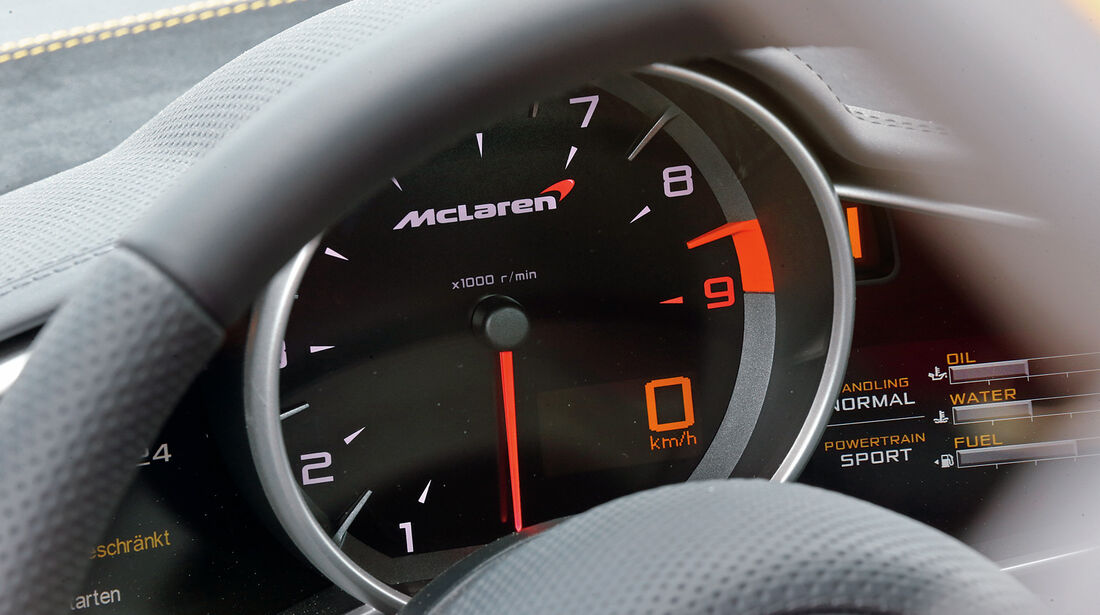 McLaren MP4-12C Spider, Rundinstrument