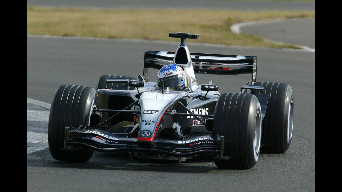 "McLaren MP4-18 - Rennwagen - Spitzname ""Delfin"""