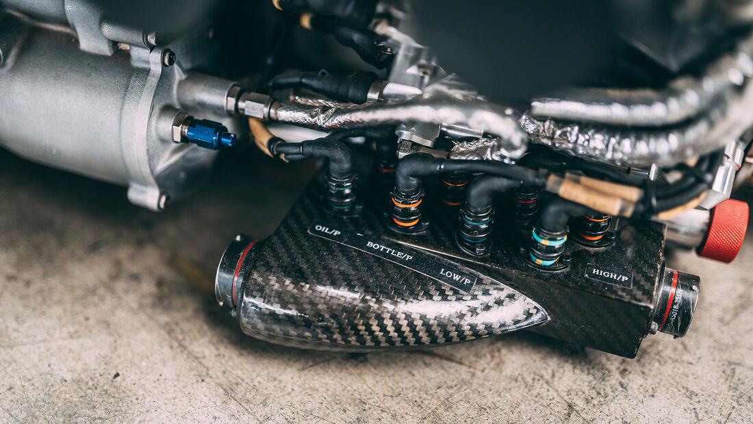 McLaren MP4-19 - Mercedes-Motor - RM Sothebys 2020