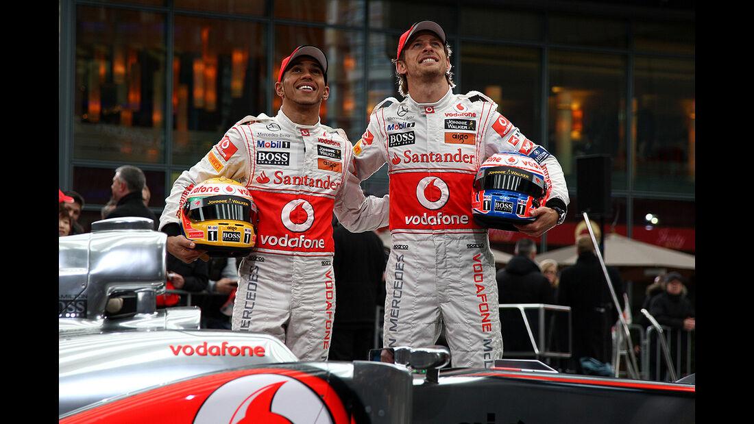 McLaren MP4-26, Hamilton, Button