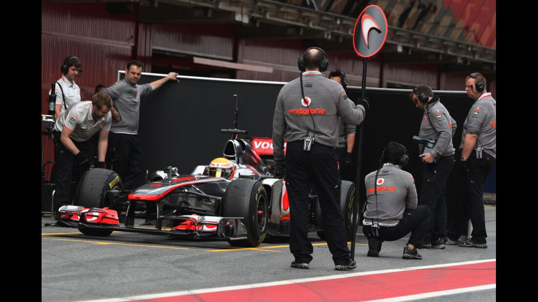 McLaren MP4-26 Hamilton Formel 1 Test Barcelona 2011