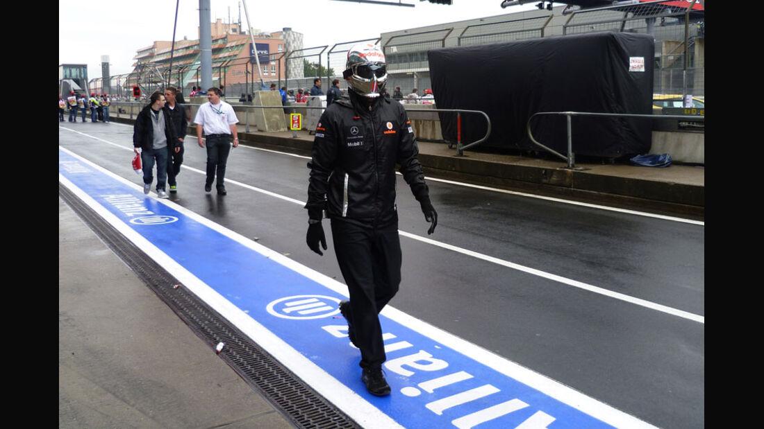 McLaren-Mechaniker - Nürburgring - GP Deutschland - 21. Juli 2011