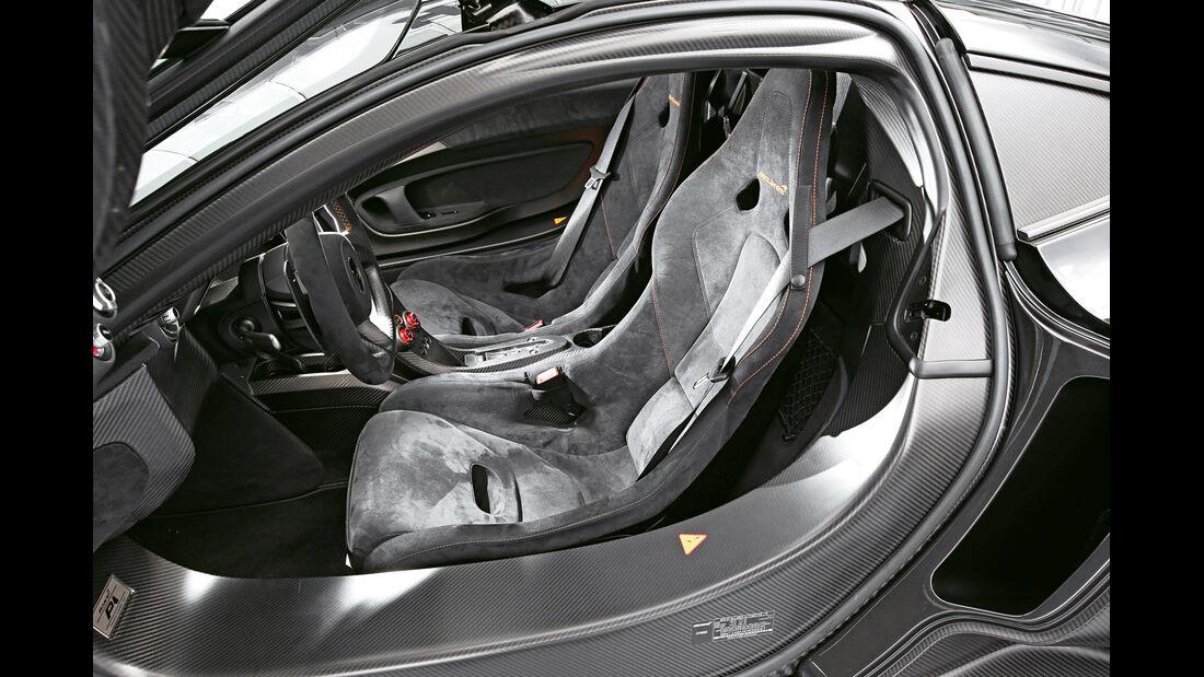 McLaren P1, Fahrersitz