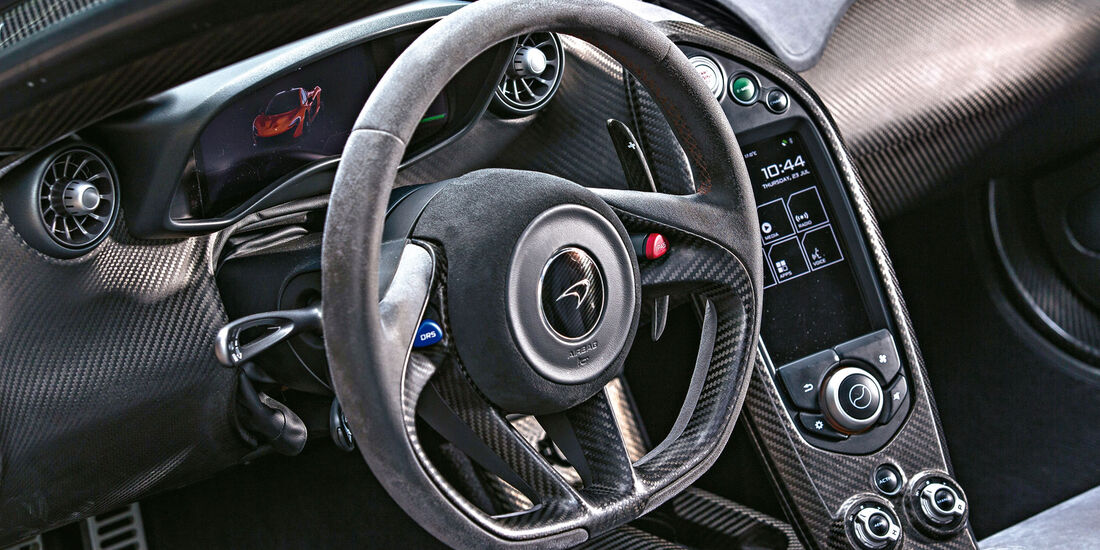 McLaren P1 - Sportwagen - Lenkrad - Innenraum
