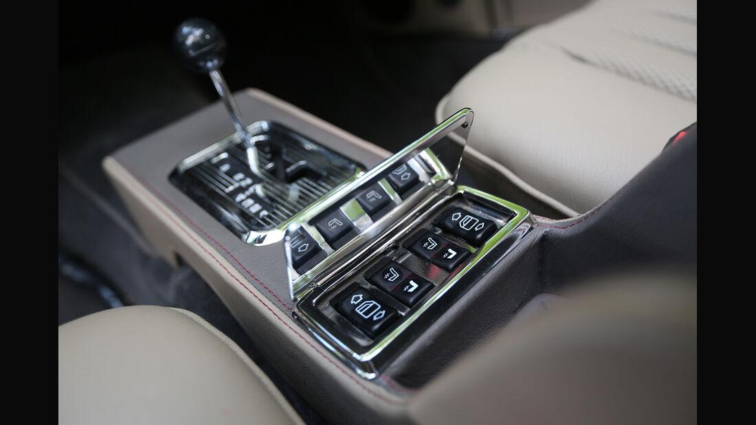 Mechatronik-Mercedes SL, Mittelkonsole