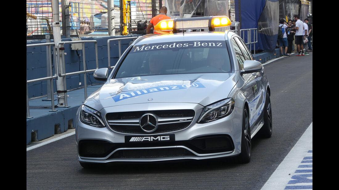 Medical Car - Formel 1 - GP Singapur - 15. Septemberg 2016