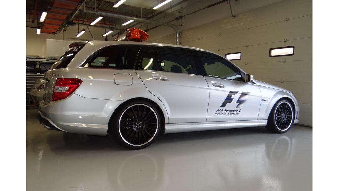 Medical-Car - Formel 1 - GP Singapur - 20. September 2012