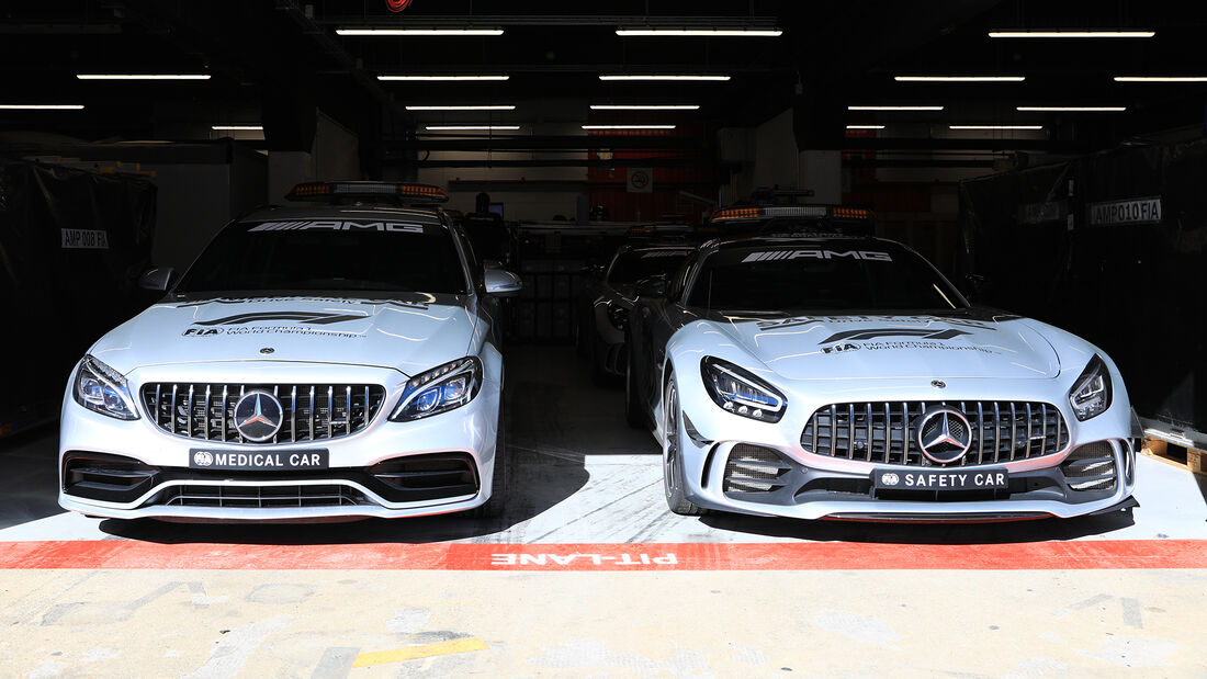 Medical-Car & Safety-Car - F1-Test - Barcelona - 26. Februar 2020