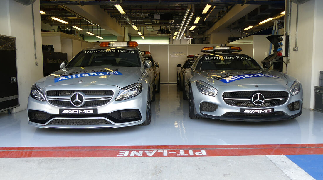 Medical-Car & Safety-Car - Formel 1 - GP Abu Dhabi - 24. November 2016