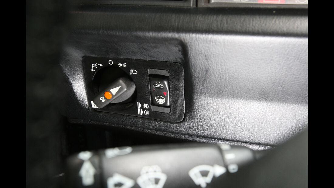 Mercedes 190 E 2.5-16 Evo II, Bedienelement