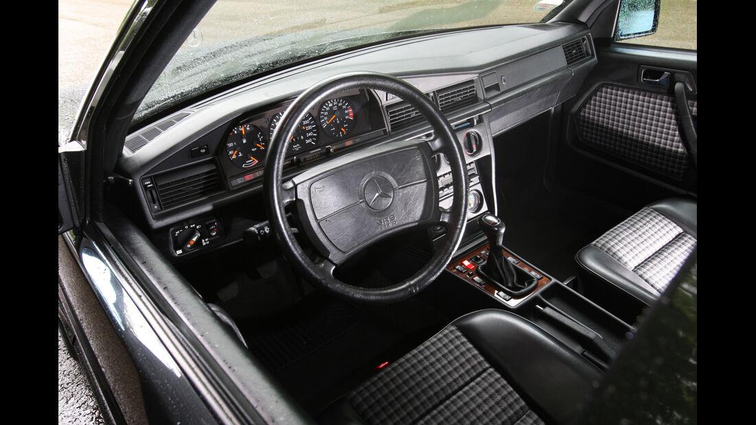Mercedes 190 E 2.5-16 Evo II, Cockpit, Lenkrad