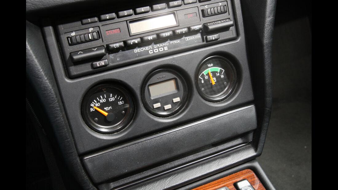 Mercedes 190 E 2.5-16 Evo II, Mittelkonsole