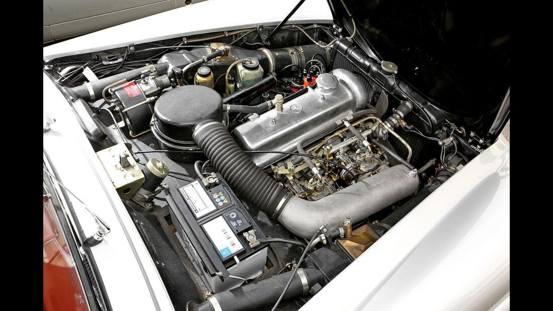 Mercedes 190 SL, Motor