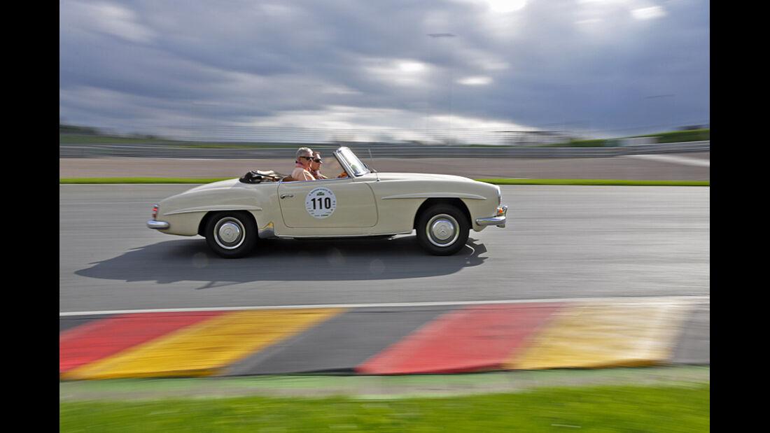 Mercedes 190 SL bei der Sachsen Classic 2010