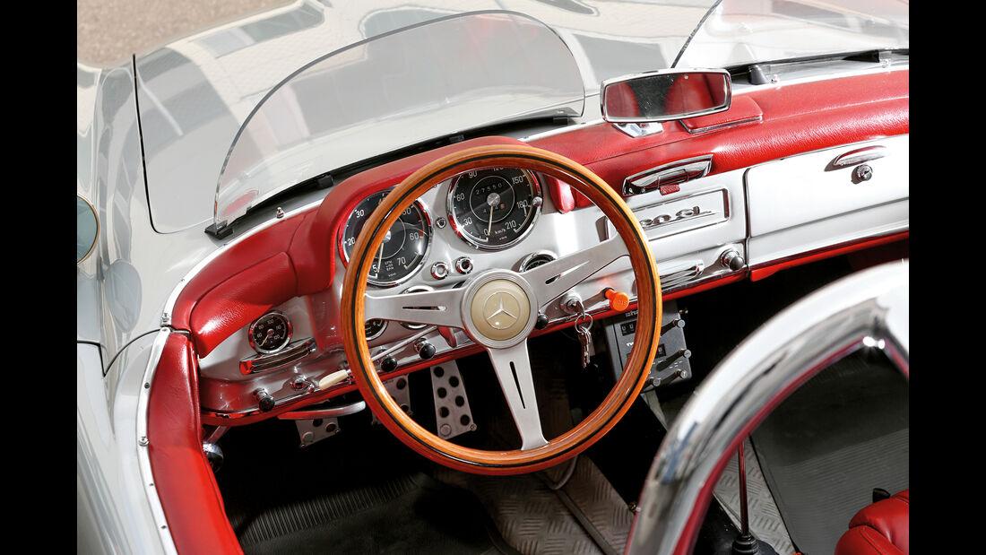 Mercedes 190 SLR, Cockpit