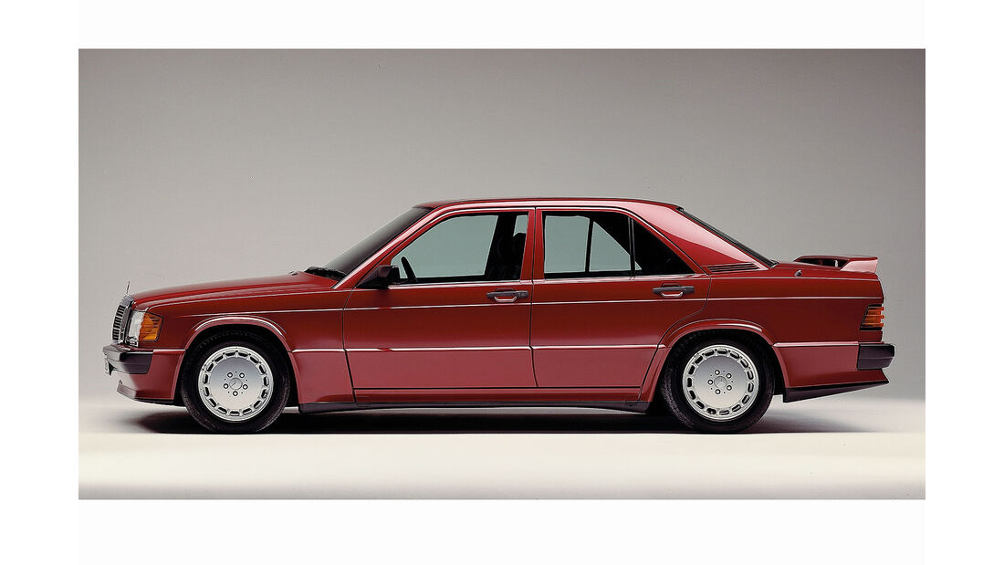 Mercedes 190E 2.5-16 1988 almandinrot