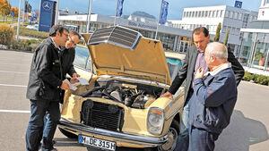 Mercedes 200 D Automatik, Motorhaube