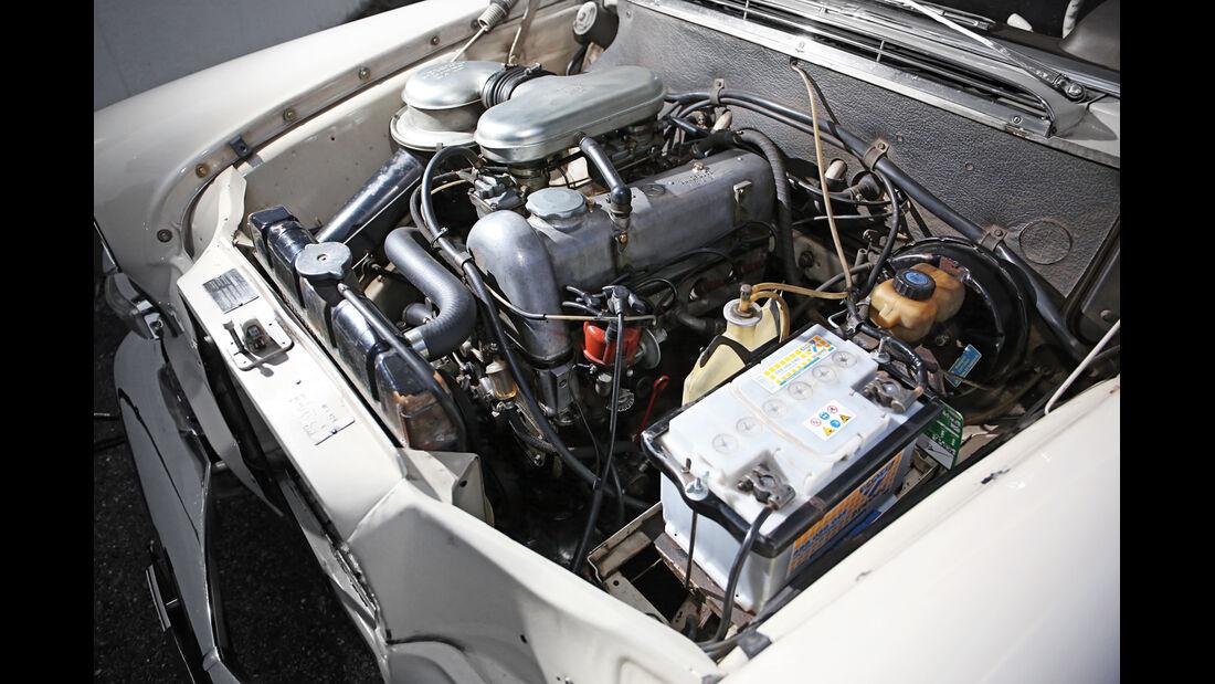 Mercedes 200, Motor