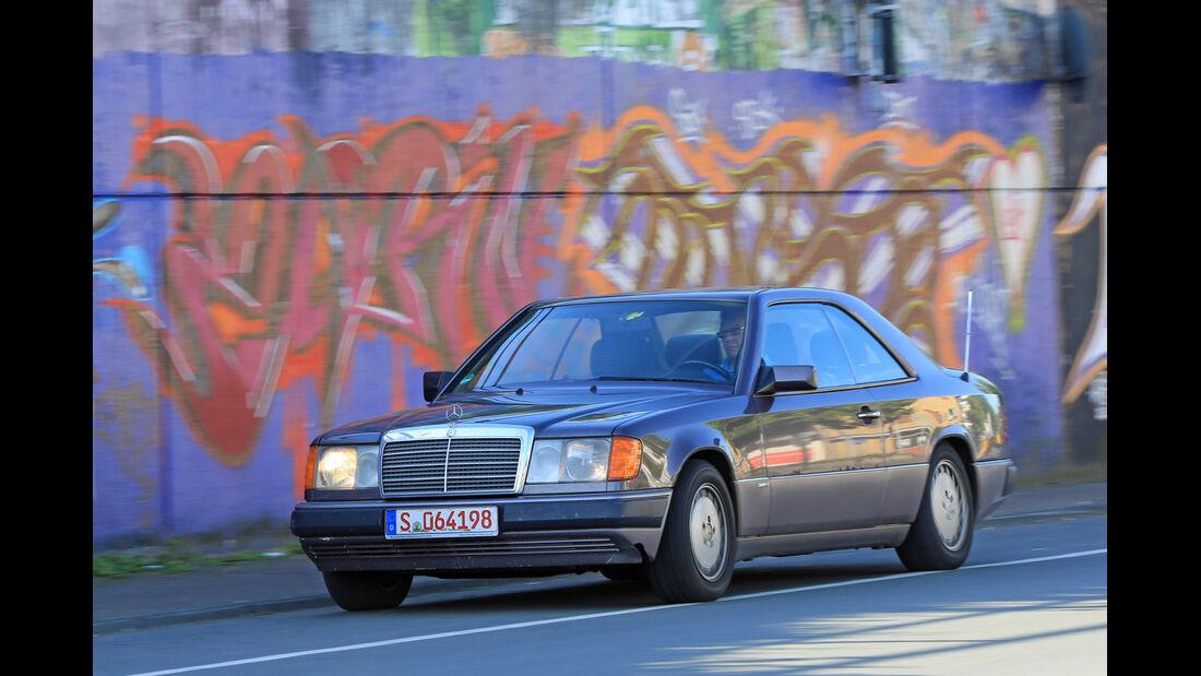 Mercedes 230 CE, Frontansicht