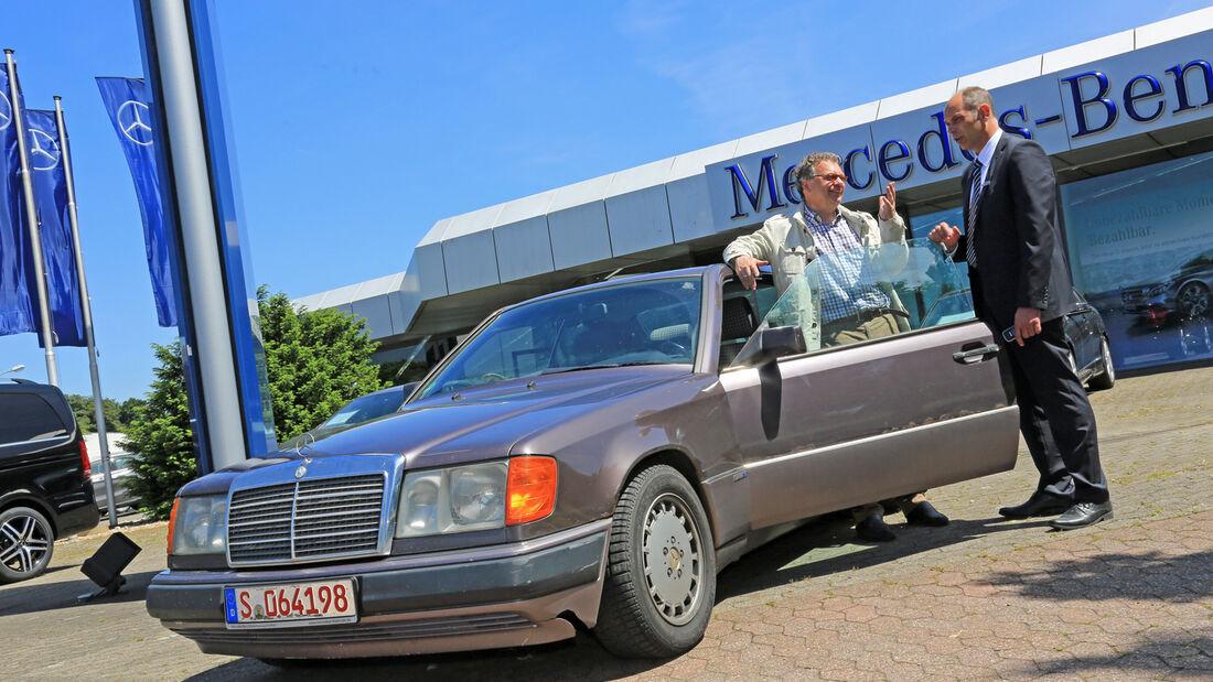Mercedes 230 CE, Seitenansicht
