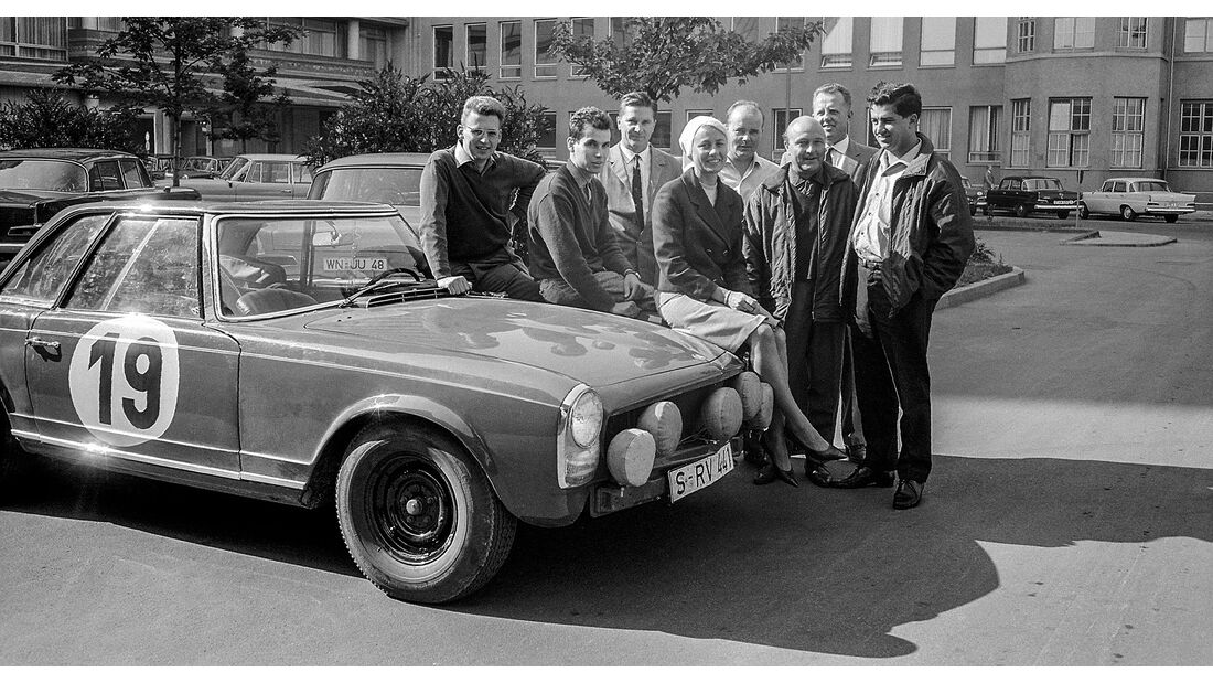 Mercedes 230 SL (1964) Rallye Spa-Sofia-Lüttich