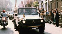 Mercedes 230G Papamobil (1980)