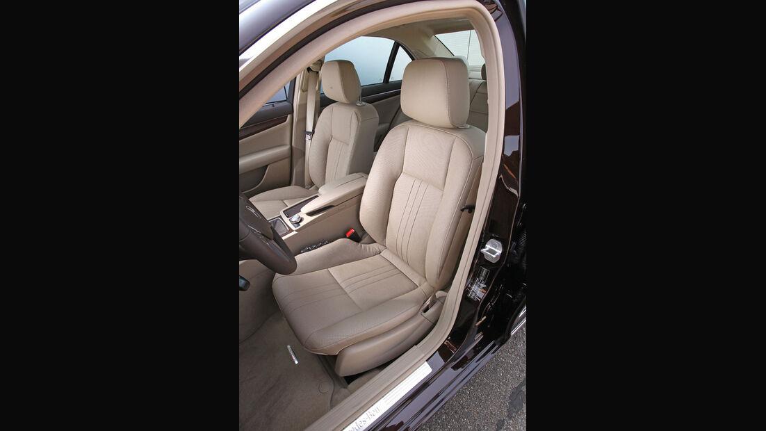 Mercedes 250 CDI, Detail, Vordersitze