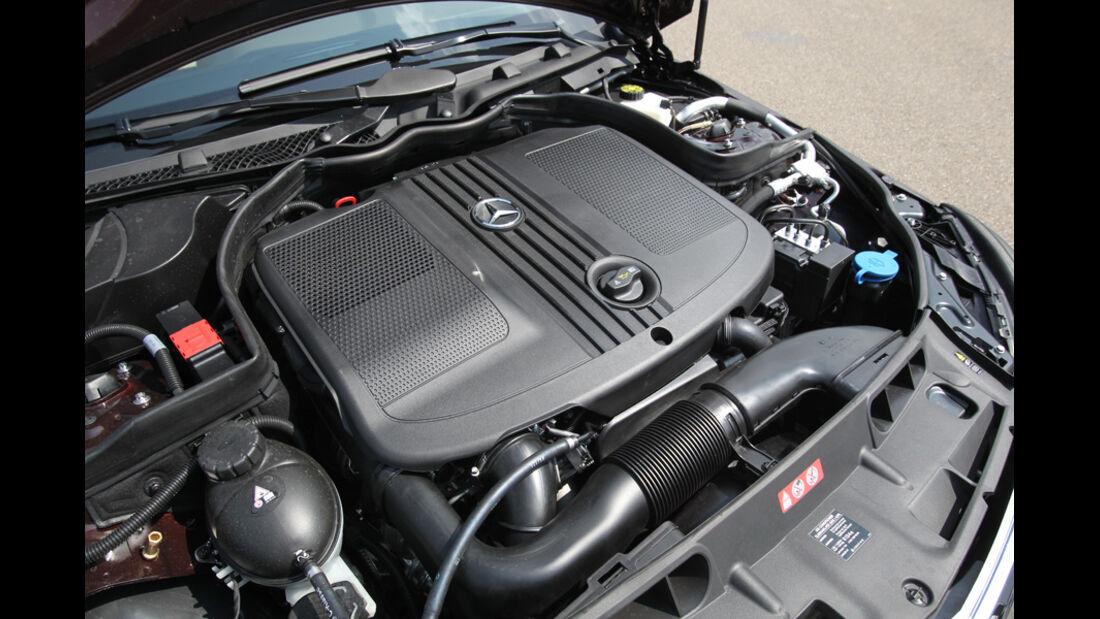 Mercedes 250 CDI, Motor, Motorraum