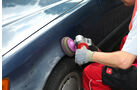 Mercedes 250 D, Radlauf,  Polieren