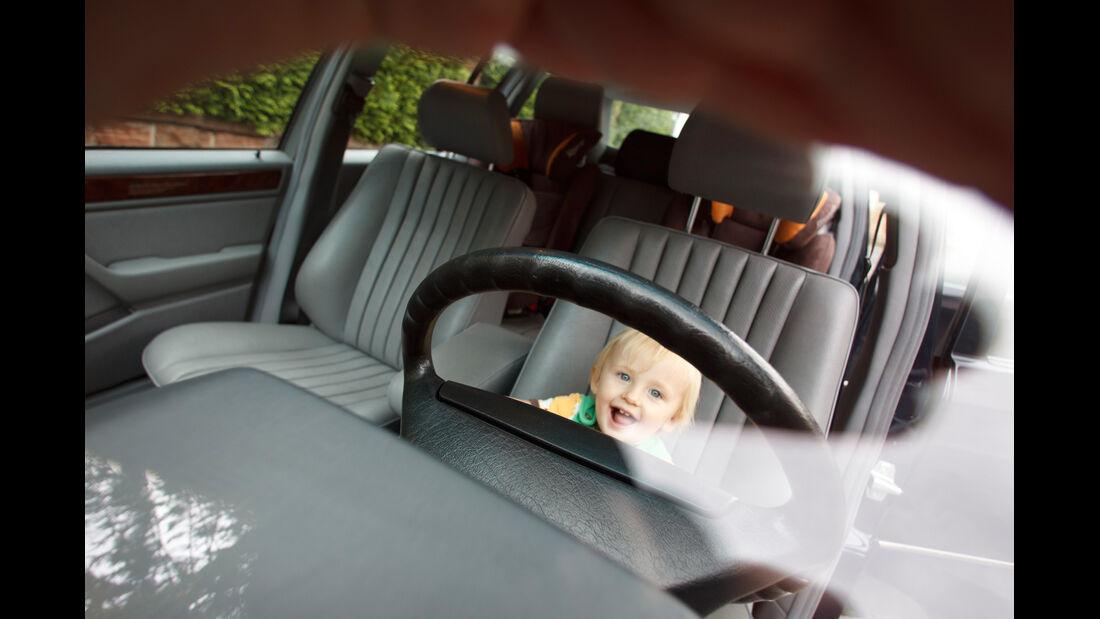 Mercedes 260 E lang, Innenraum