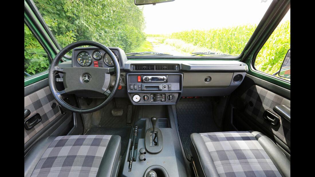 Mercedes 280 GE Cabrio, Cockpit