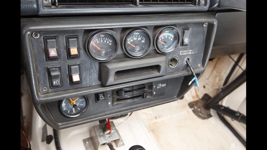 Mercedes 280 GE Dakar, Technik, Bedienelemente