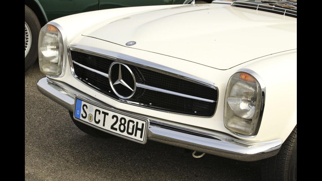 Mercedes 280 SL, Kühlergrill