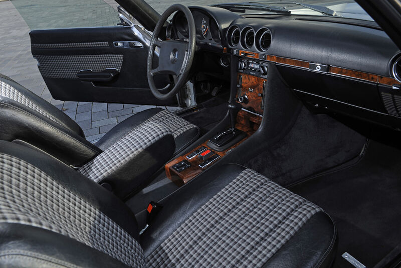 Mercedes 280 SLC, Innenraum