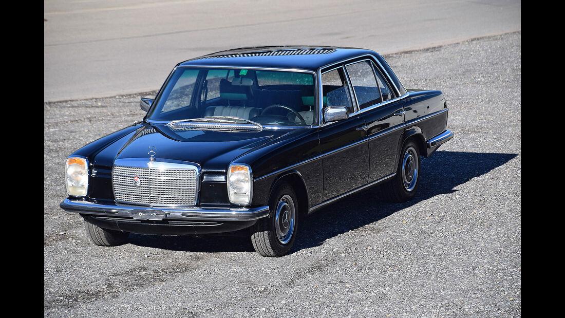 Mercedes 280E W115 /8 Strich-Acht 1974 Oldtimer Auktion Toffen
