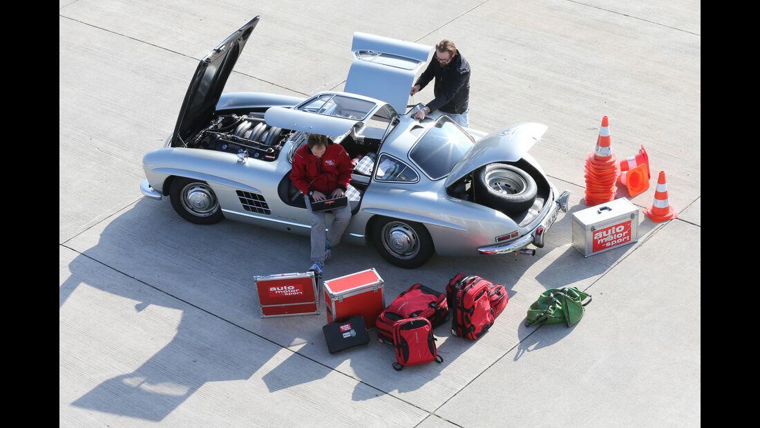 Mercedes 300 SL, Draufsicht, Ausrüstung