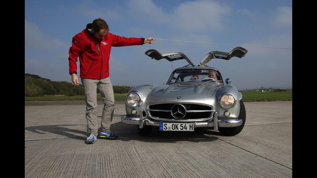 Mercedes 300 SL, Frontansicht, Flügeltüren