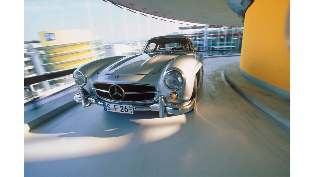 Mercedes 300 SL, Frontansicht, Motorhaube