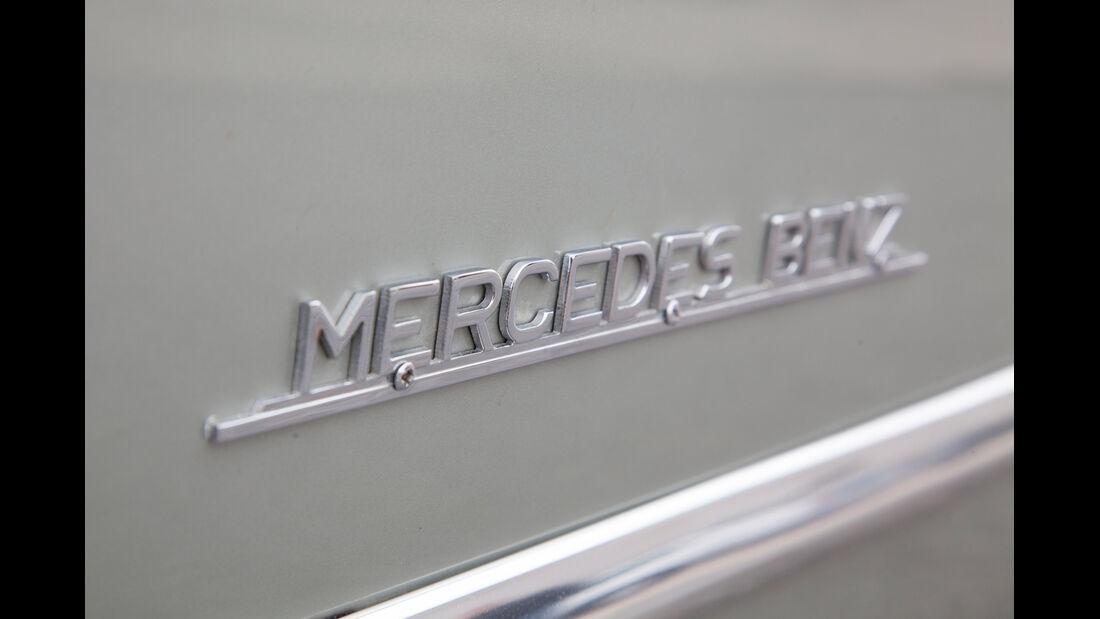 Mercedes 300 SL, Max Hoffman, Emblem, Schriftzug