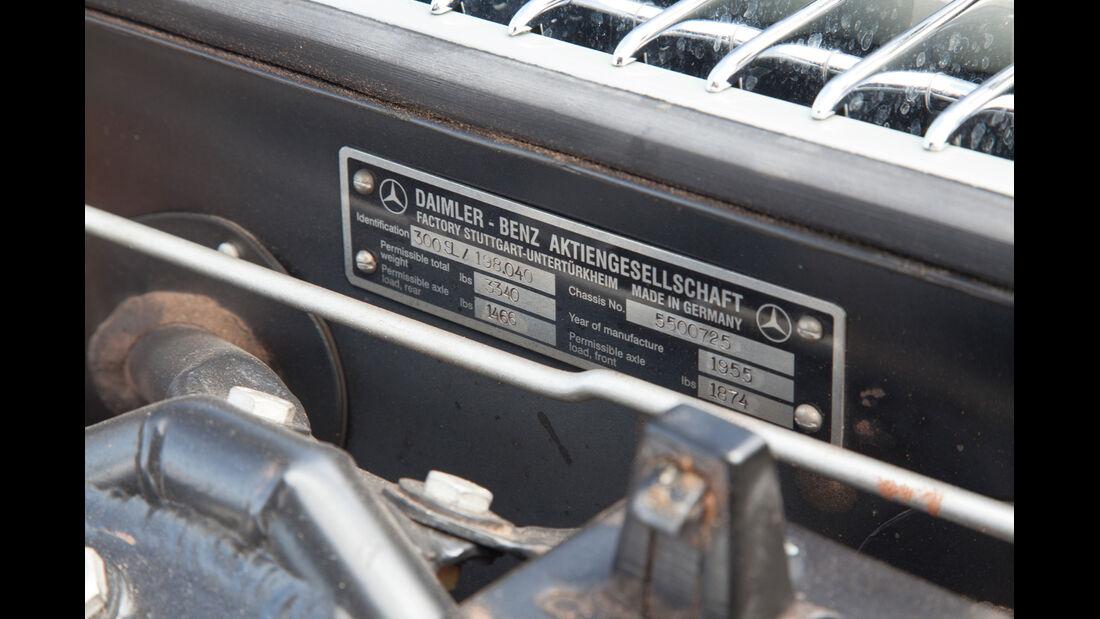 Mercedes 300 SL, Max Hoffman, Plakette