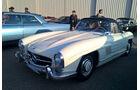 Mercedes 300 SL Roadster - McCall's Motorworks Rivival - Monterey - Pebble Beach 2016
