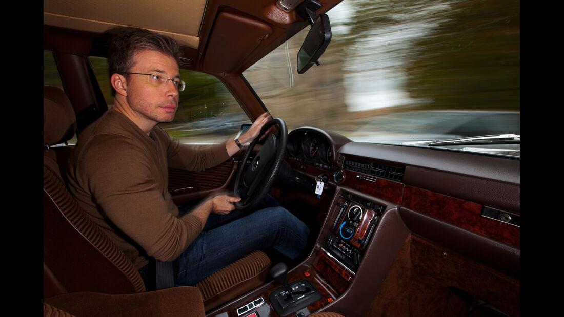 Mercedes 450 SEL 6.9, Cockpit, Lenkrad, Drik Gulde