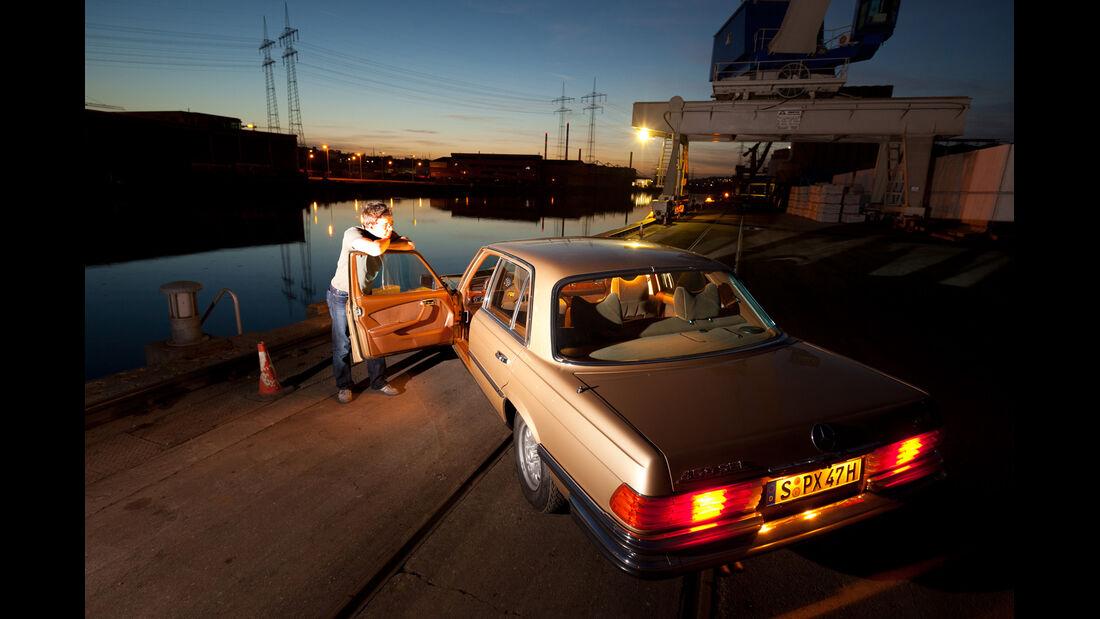 Mercedes 450 SEL 6.9, Heckansicht, Heckleuchten
